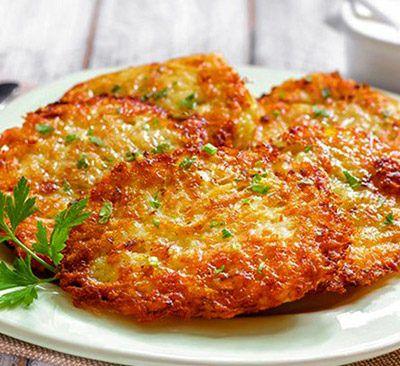 Драники (картофельные оладьи)