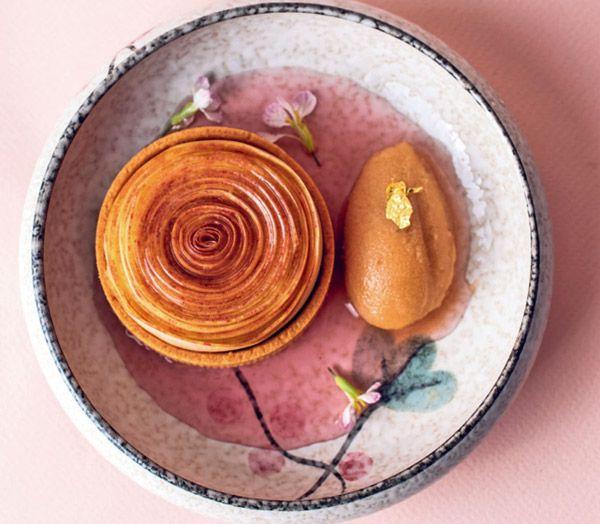 Яблочная тарталетка