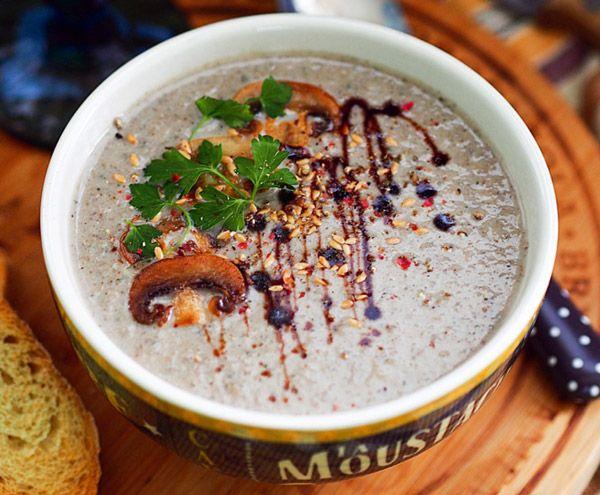 Грибной суп-пюре с красным вином