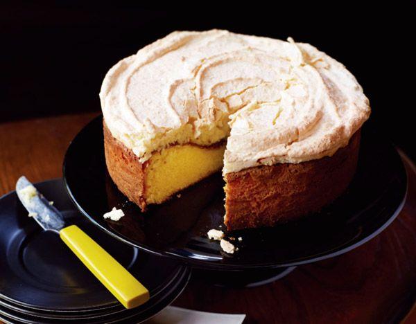 Миндальный кекс с топпингом «макарон»