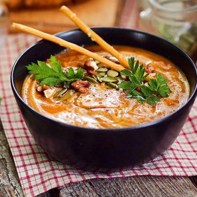 Томатный суп с фетой в средиземноморском стиле